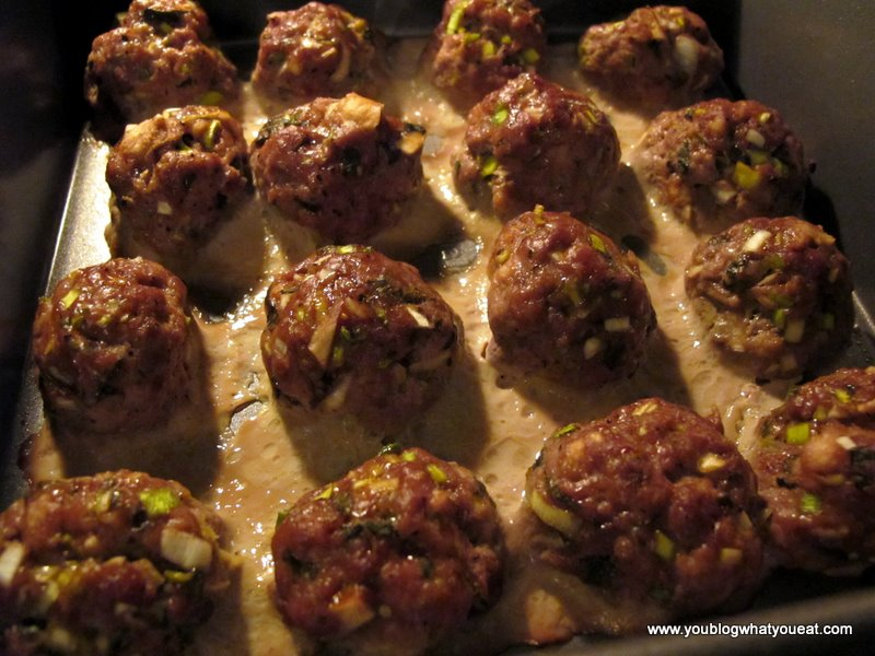 Keftedes (Greek meatballs with mint) | you blog what you eat